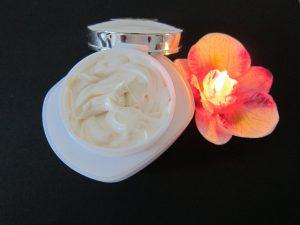 caratteristiche ingredienti crema esfoliante
